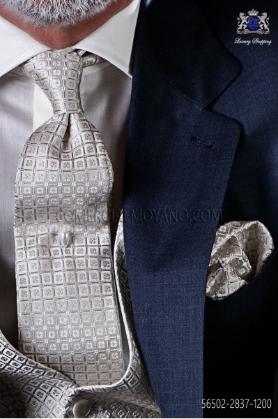 Ivory Jacquard silk tie and pocket handkerchief