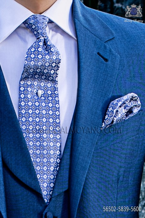 Tie and handkerchief set made from blue-white micro patterned silk.