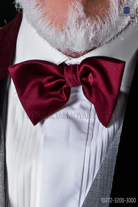 Satin Garnet Bow tie