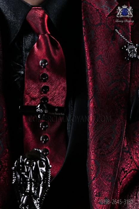 Red narrow fashion tie with nickel skulls metal fixtures