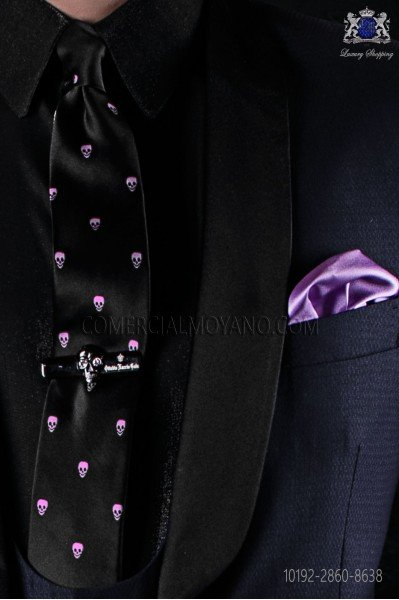 Silk black tie with skull motifs