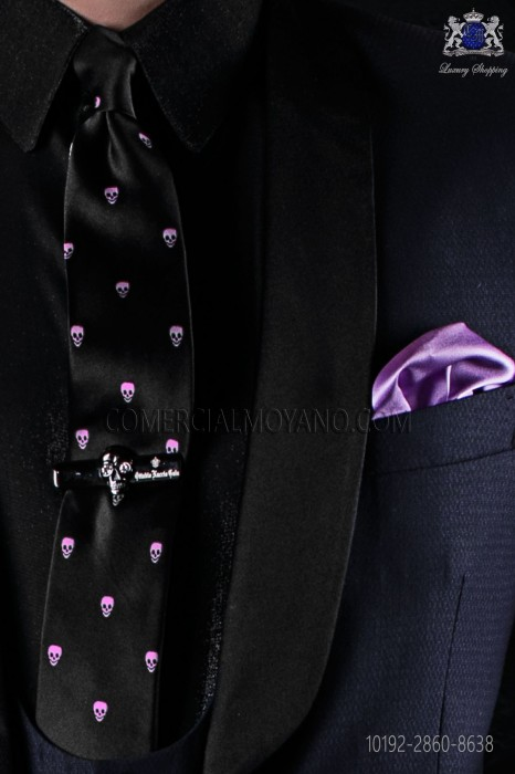Silk black tie with skull motifs