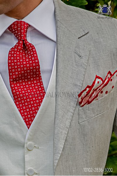 Silk red tie with micro designs
