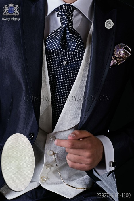 Ivory micro design waistcoat with shawl collar