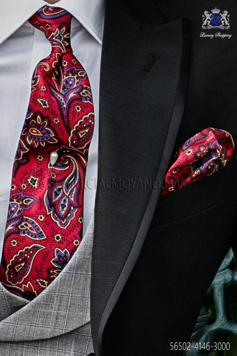 Red tie with handkerchief cachemire design.