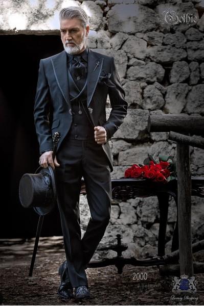 Groomswear Baroque. Vintage costume frock coat in black plain fabric.