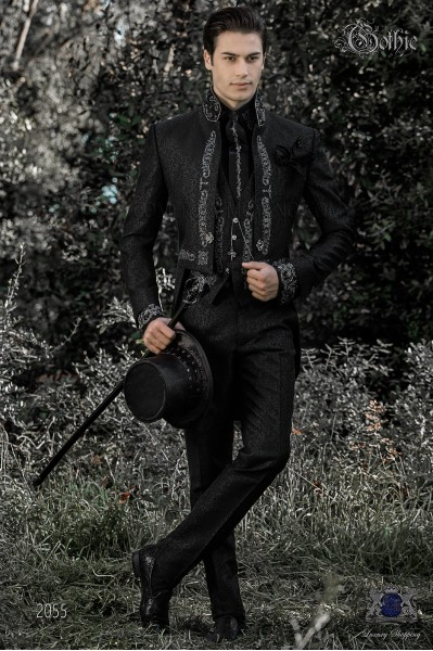 Traje de novio barroco, frac cuello mao en tejido jacquard negro con bordados plateados y pedrería cristal en cuello