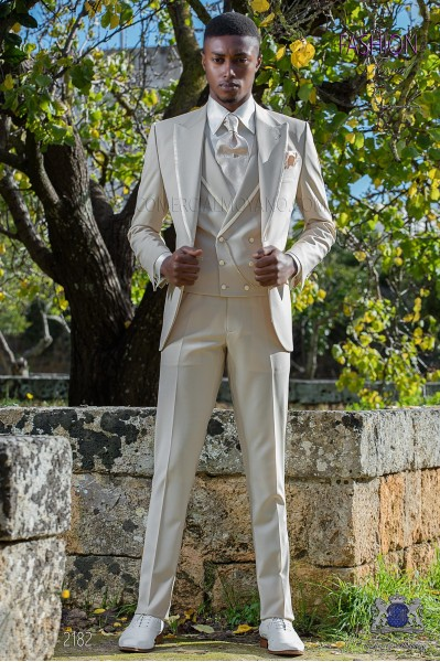 Italian bespoke suit beige cool wool mix
