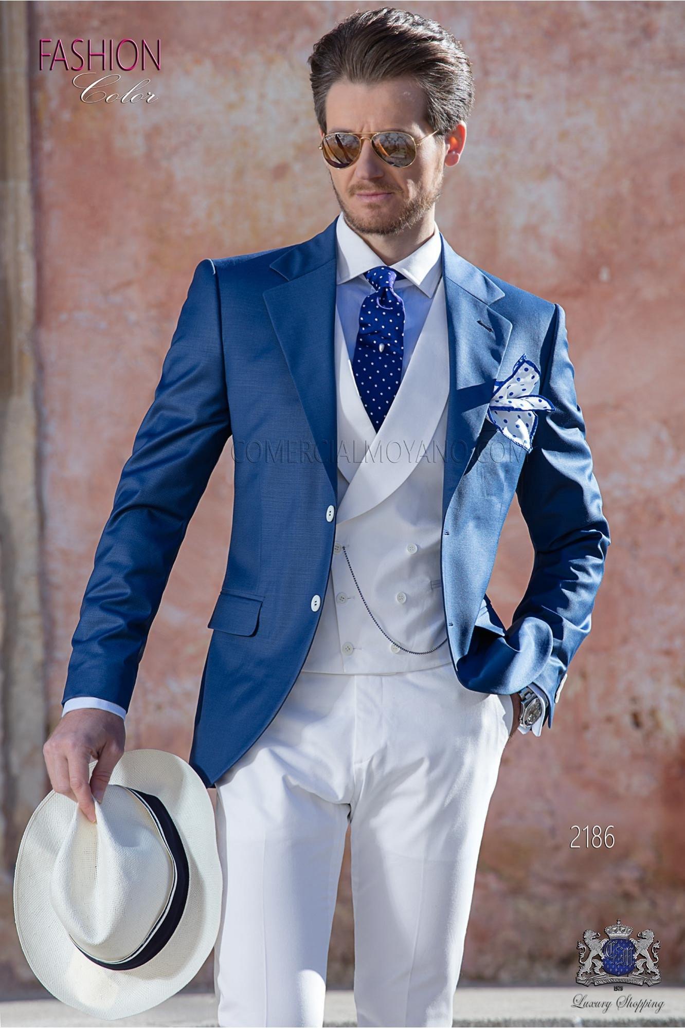 Traje de novio azul royal fresco lana con pantalón blanco