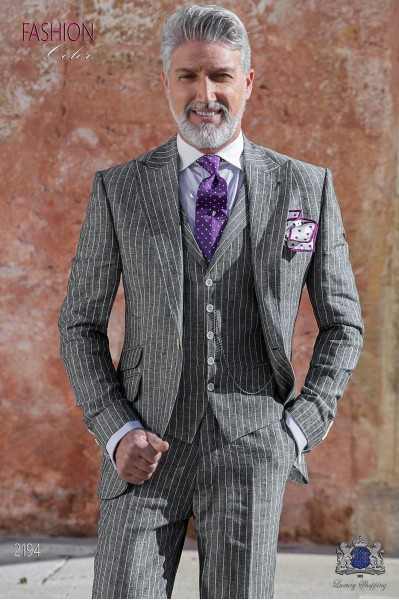 Traje de novio a medida de lino gris con raya diplomática