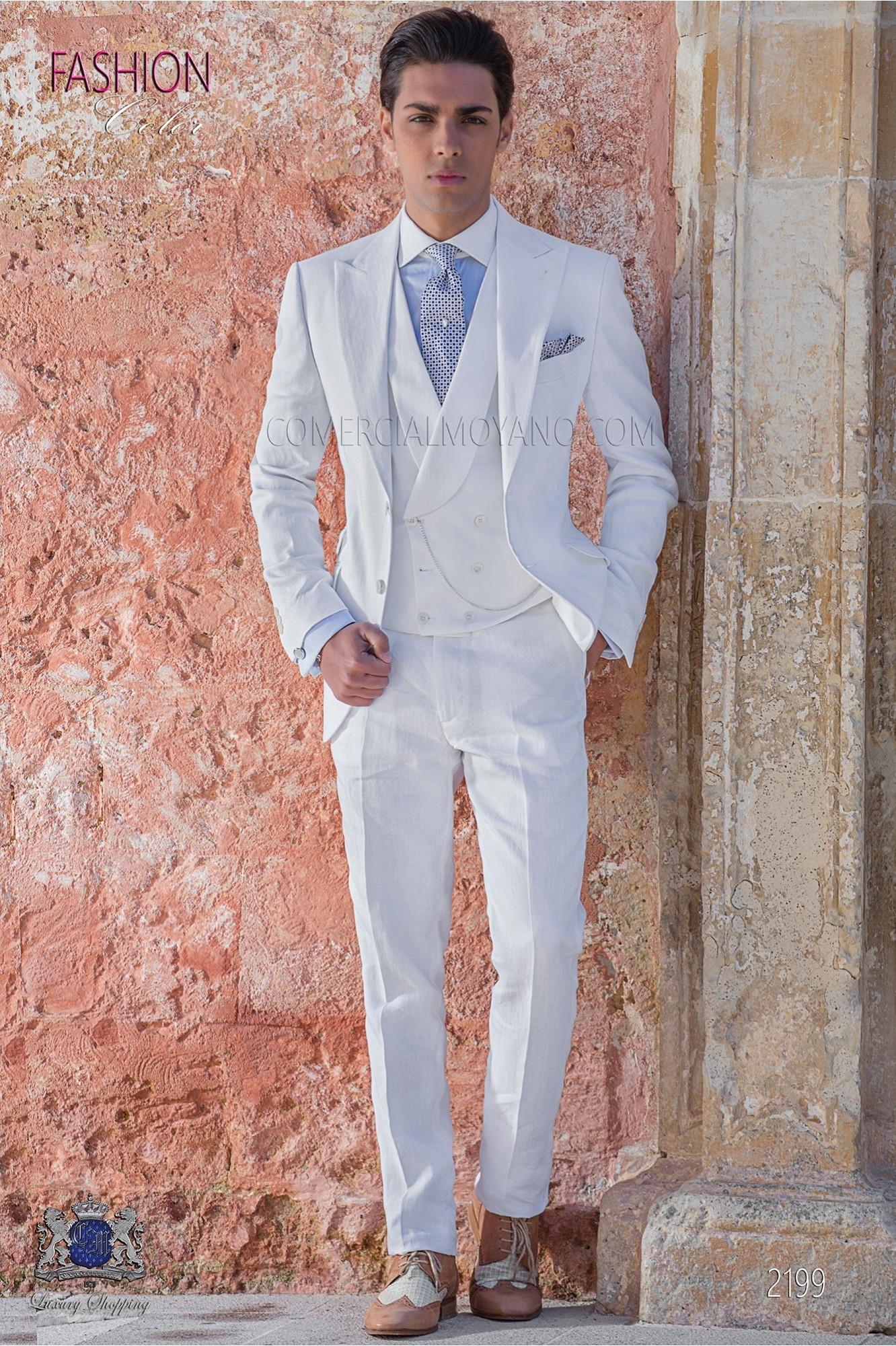 Traje de novio a medida blanco de lino