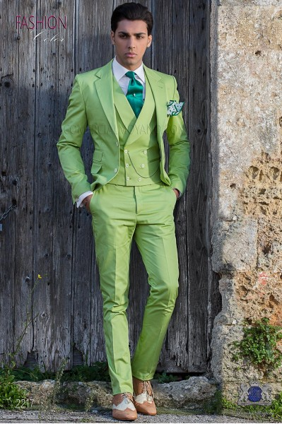 "Suit modern Italian style ""Slim"". Green woven 100% cotton"