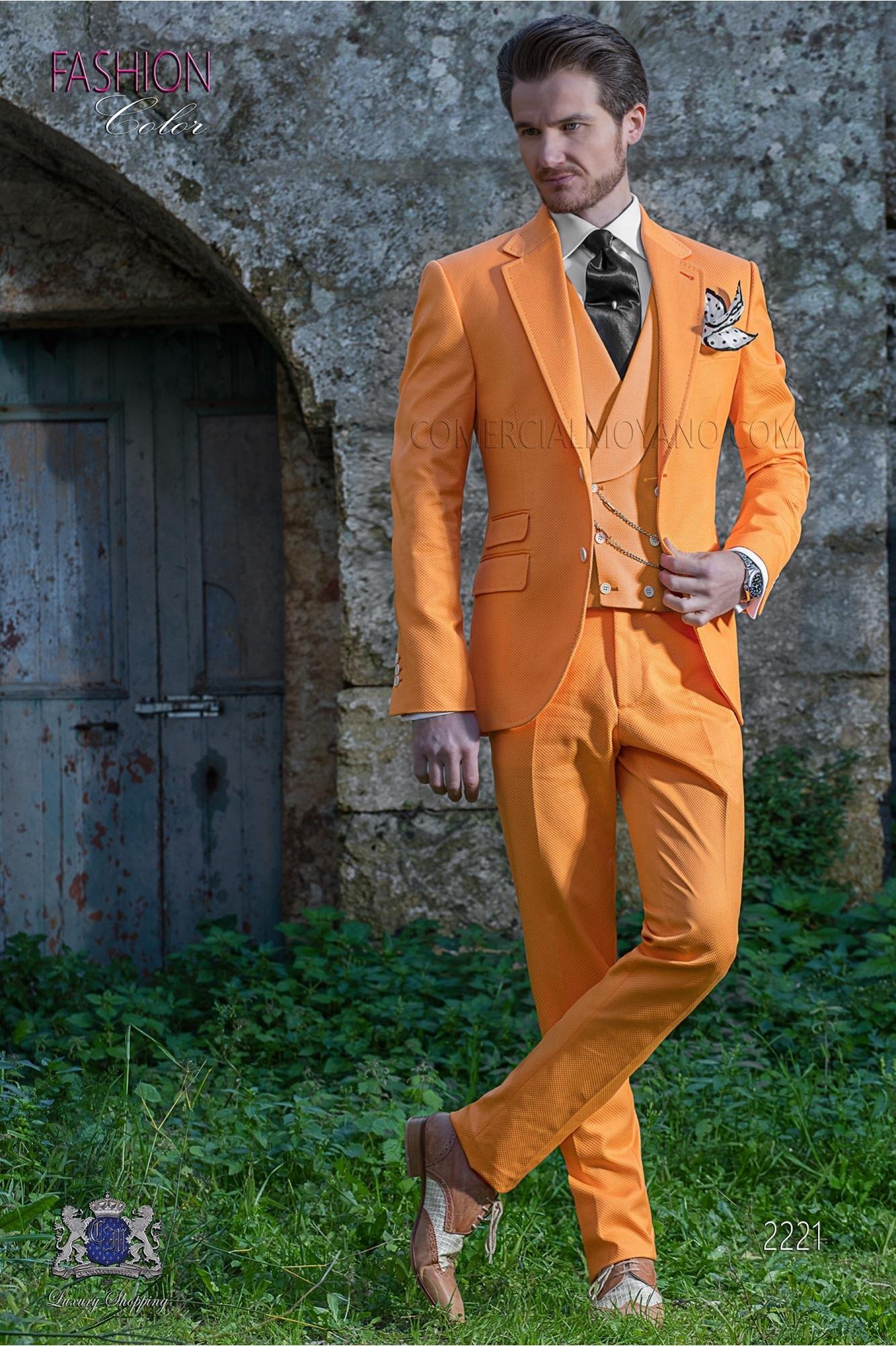 Traje de novio naranja en piqué de algodón