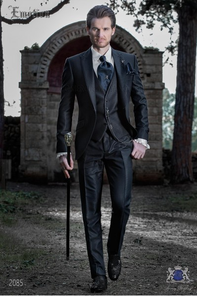 Italian bespoke navy blue tuxedo slim fit with peak satin lapels
