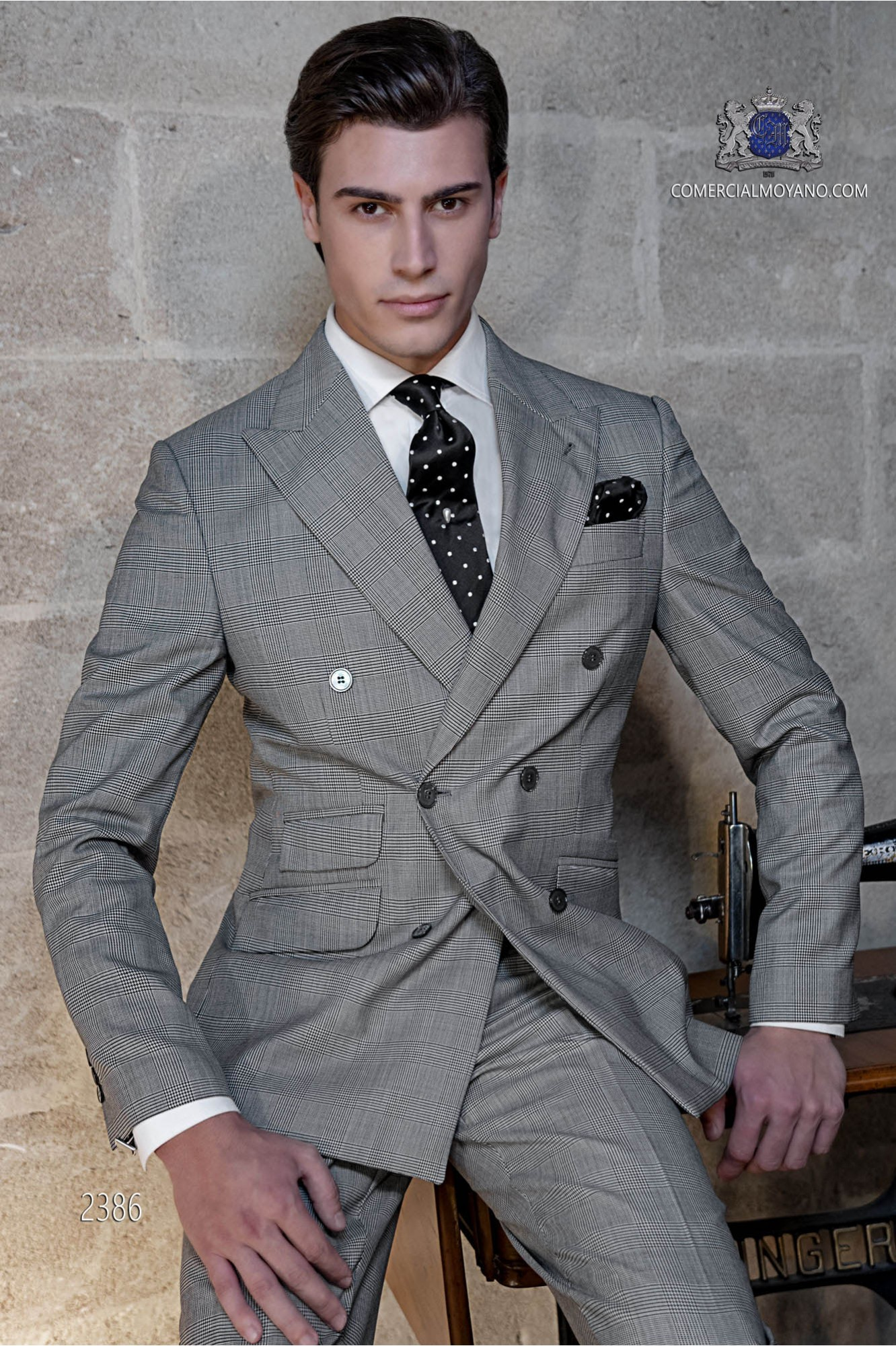 Italian bespoke Prince of walles double breasted suit