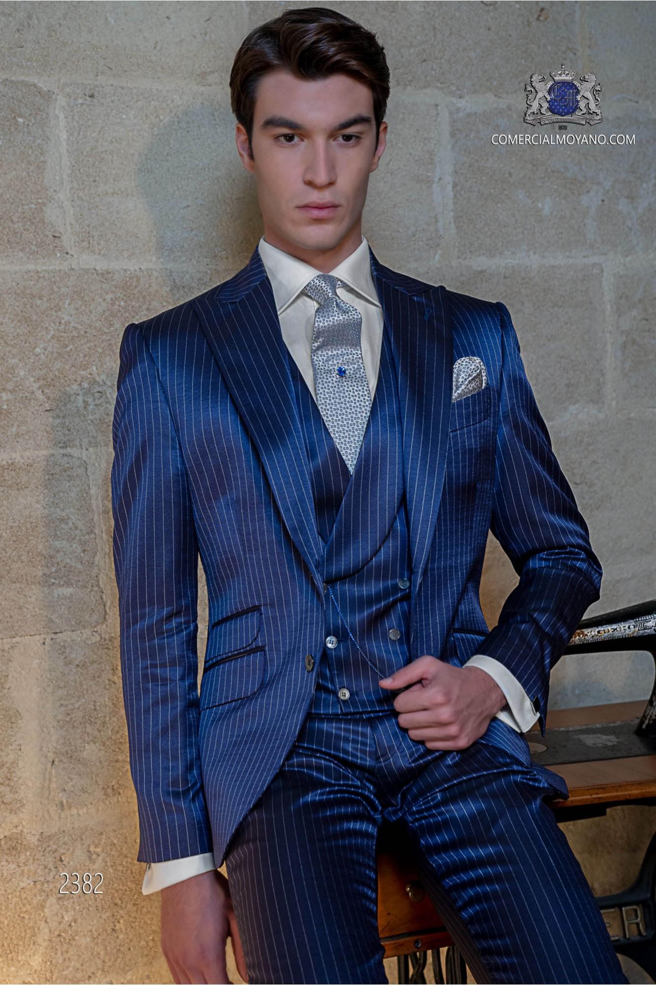 2019 wholesale price original on feet images of Italian bespoke royal blue pinstripe suit