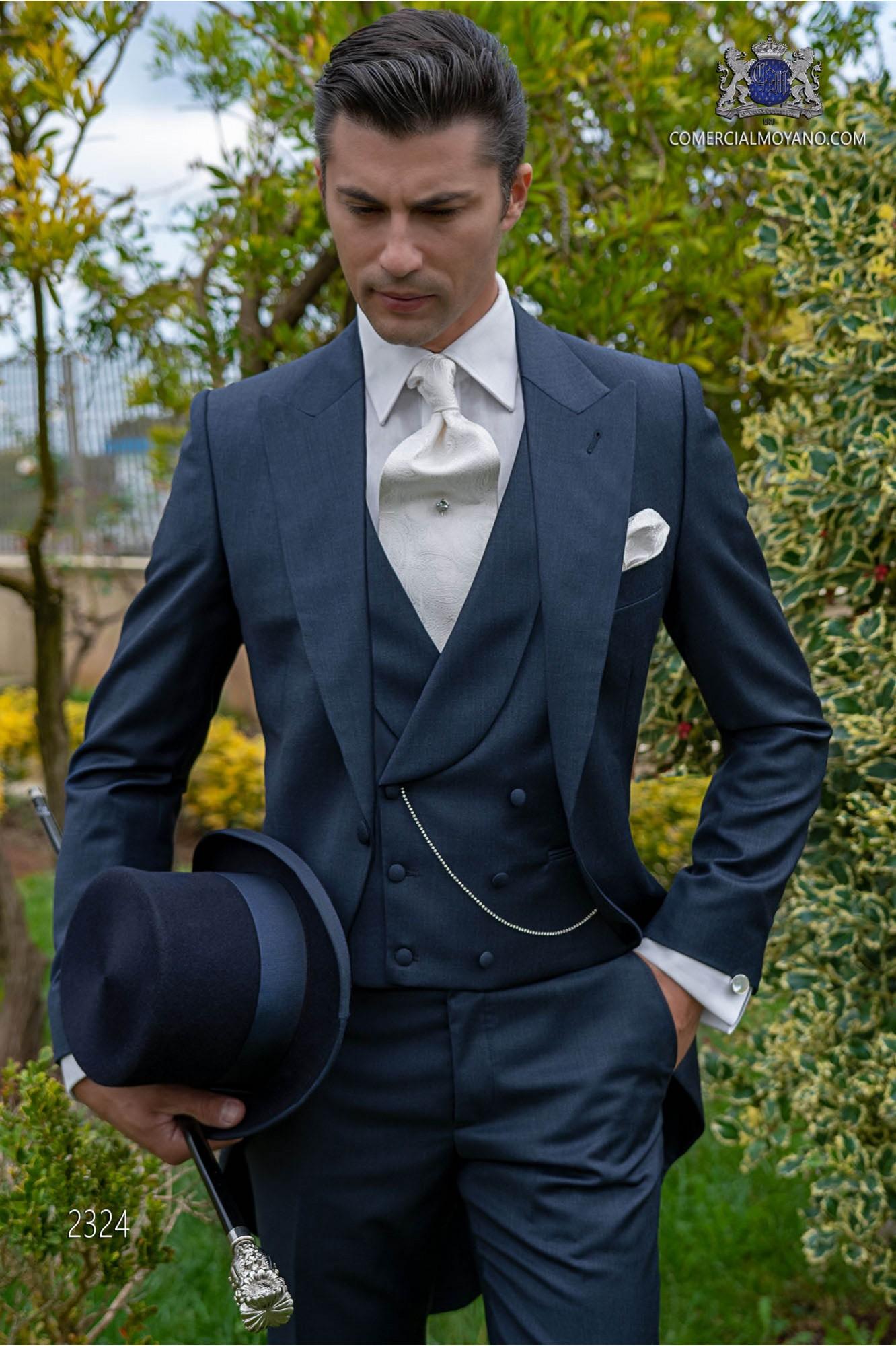 niedrigerer Preis mit große Auswahl von 2019 Heiß-Verkauf am neuesten Blaue cut Anzug