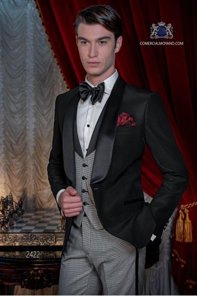Tuxedo italienne noir avec revers de satin. Châle revers et 1 bouton. Tissu de pur laine.