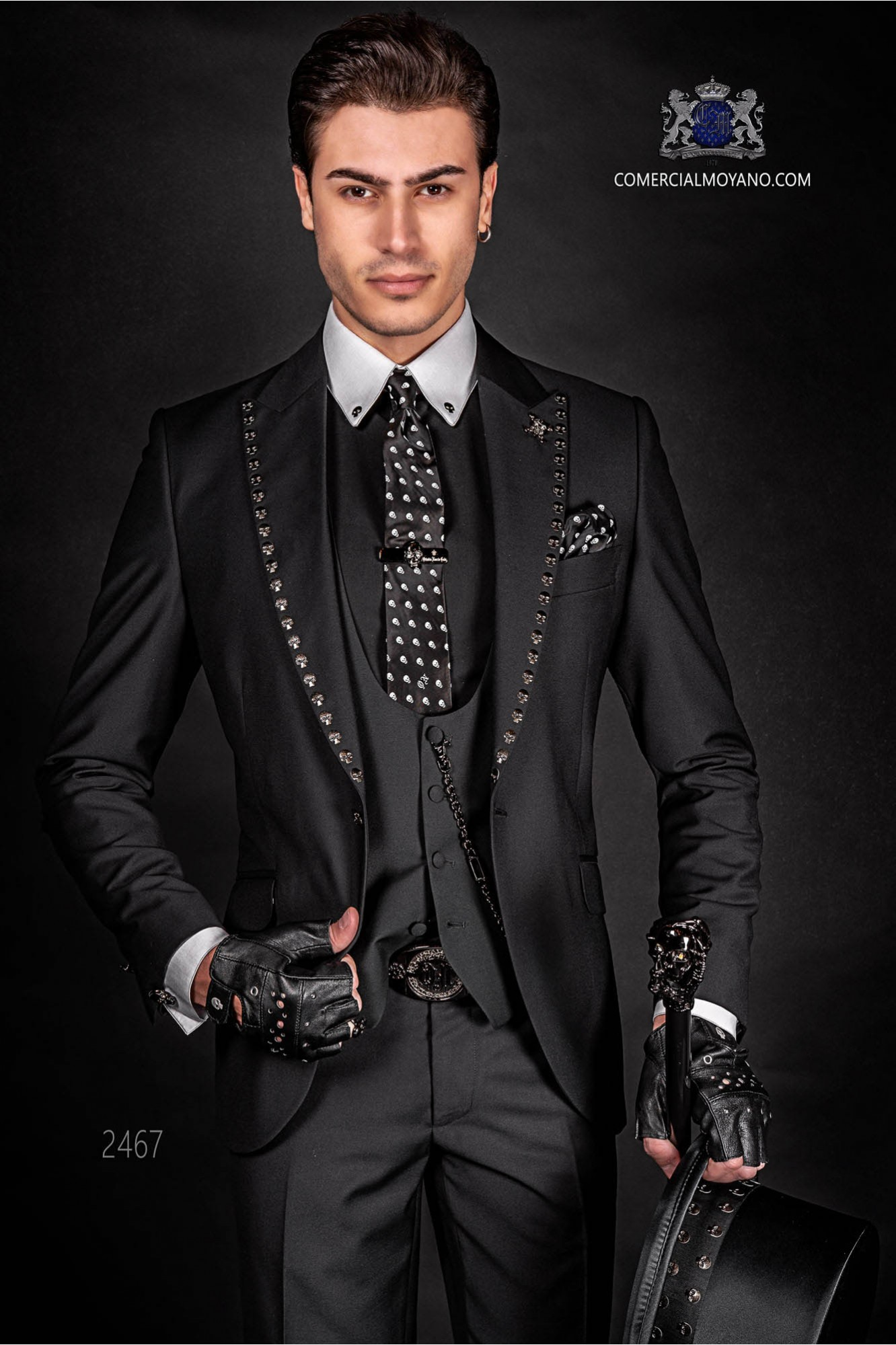 great look distinctive style attractivedesigns Steam punk gothic black groom suit with skull stud