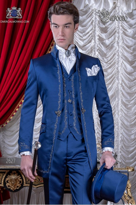 Groomswear Baroque. Vintage coat in blue satin with silver embroidery yarns.