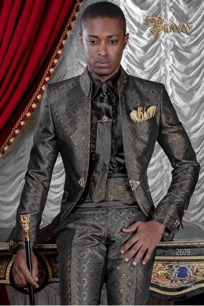 Traje de novio barroco, levita de época cuello Napoleón en tejido brocado gris-oro con bordados dorados