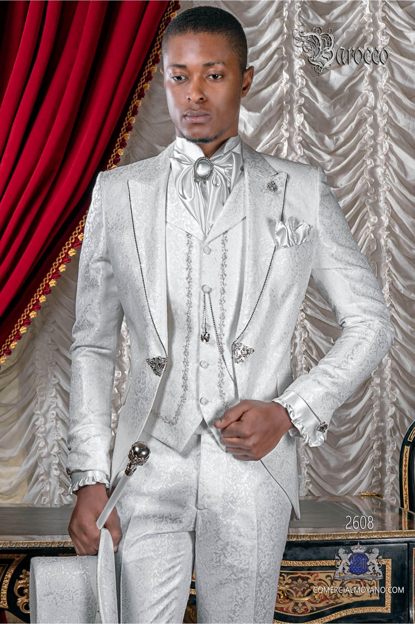 Traje de novio barroco brocado blanco con strass cristal