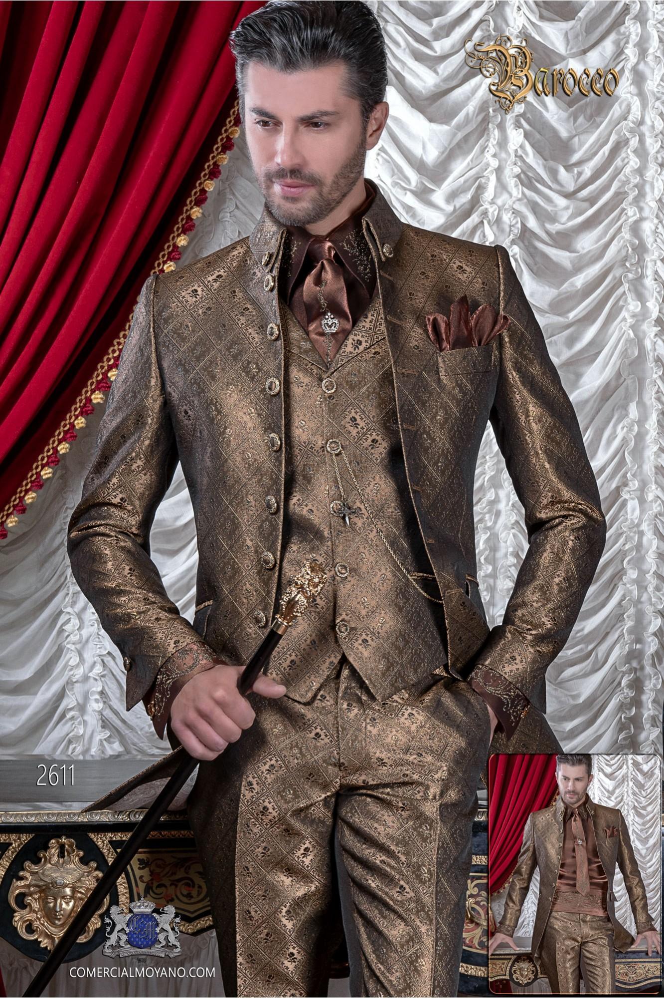 Traje de novio barroco, casaca de época cuello Napoleón en tejido brocado dorado con botones dorados