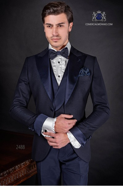 Traje de novio italiano azul rmarino con solapa pico en raso