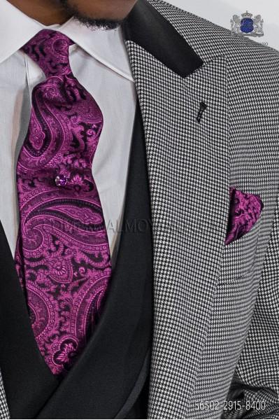 Corbata y pañuelo negro y malva