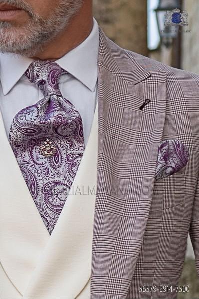 Mallow paisley pattern tie and handkerchief