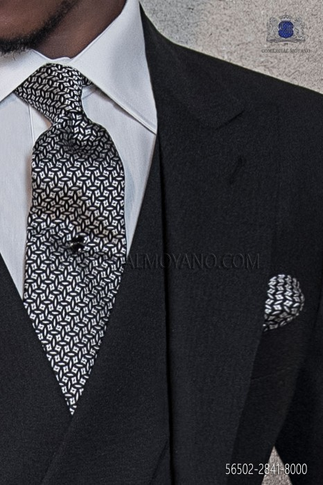 Black silk tie & handkerchief