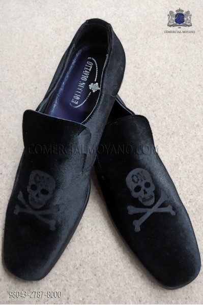 Black velvet fabric shoe