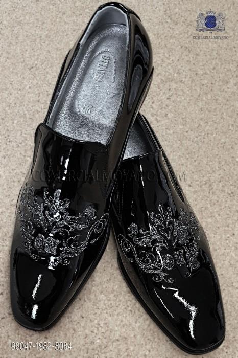 Black patent leather shoe
