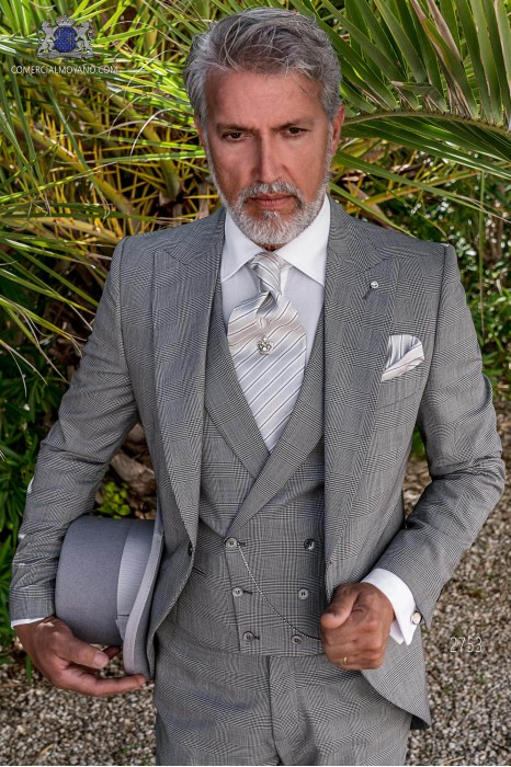 Grey prince of Wales check tailored fit italian morning suit