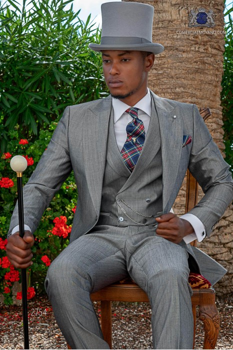 Light grey mohair wool tailored fit italian morning suit