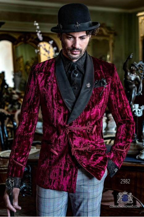 Garnet steampunk double breasted tuxedo in wrinkled effect velvet with fitted Italian cut