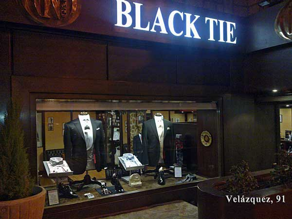 Men wedding suits official store italian firm Ottavio Nuccio Gala, Velázquez street 91 Madrid